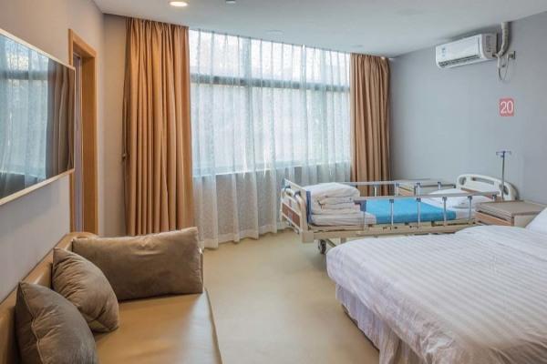 丽江市人民医院